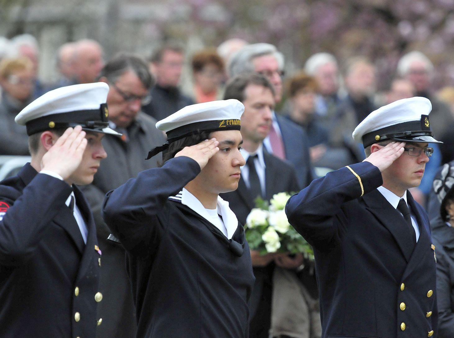 Zeekadetten tijdens de 4 mei herdenking op de Dam in Amsterdam.