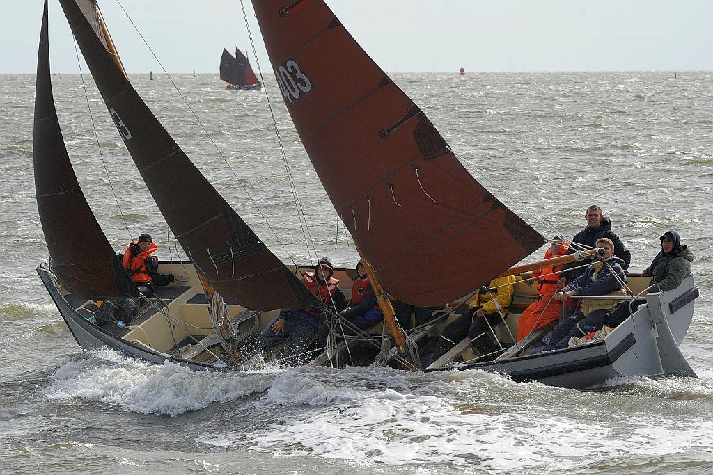 (Bijna) elk zomerkamp kunnen de zeekadetten gebruik maken van de WR1-sloepen van de Koninklijke Marine.