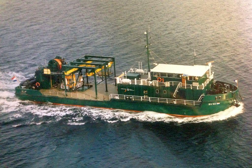 Het duikvaartuig Soemba van de Koninklijke Marine.