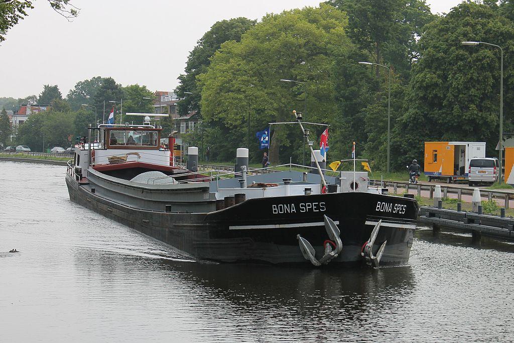 Harmen Engel is kapitein-eigenaar van de Bona Spes
