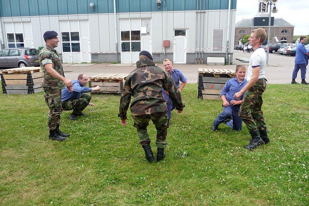 Als zeekadet elke kans pakken om met mariniers te oefenen.